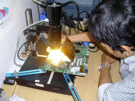 Tips Trik Laptop Nyala Tapi LCD Mati Blank Hitam